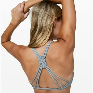 NEW Lulu love knot bra